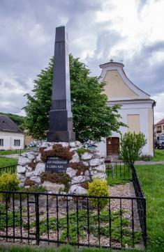Obec Milovice 27